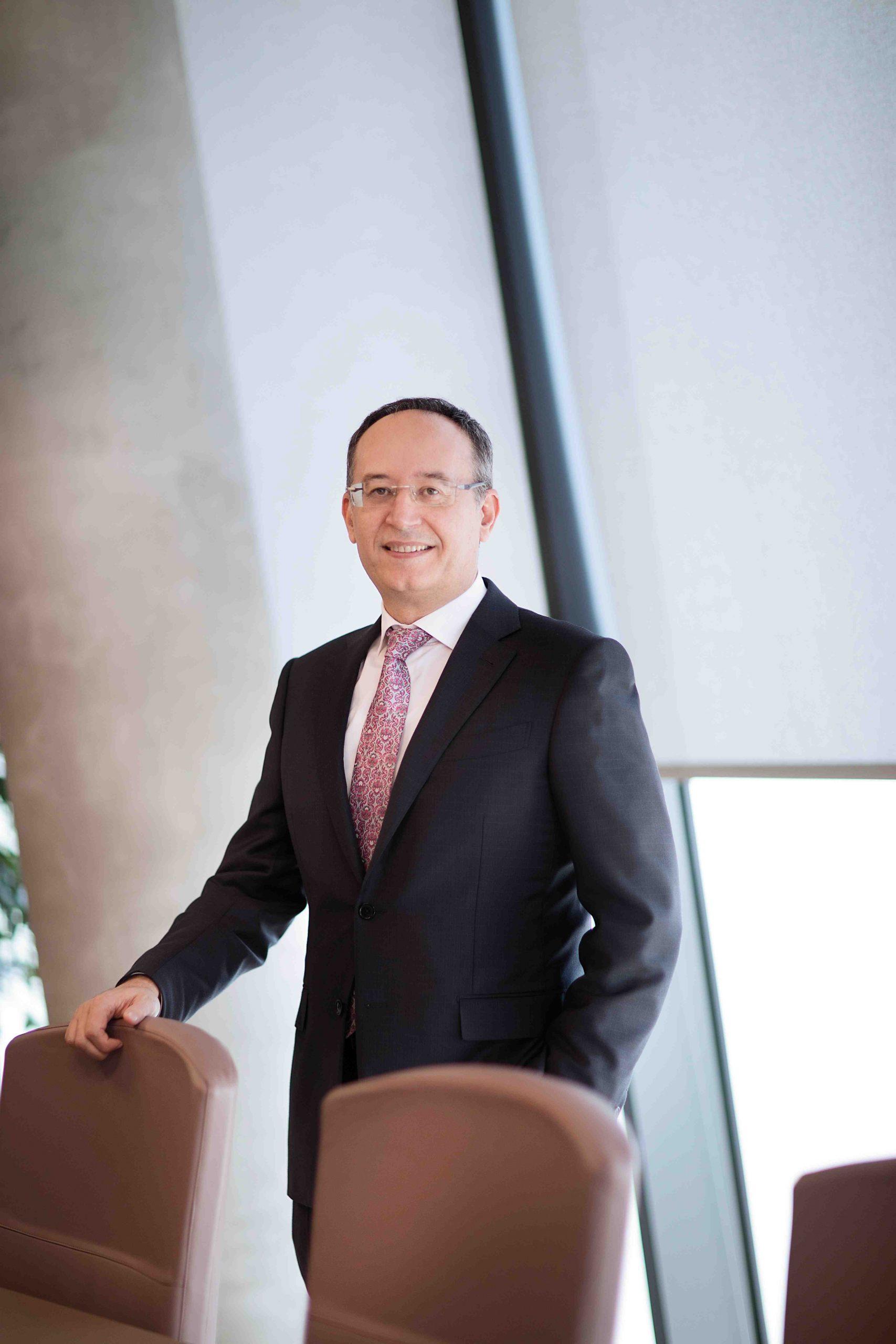 Drejtor i Përgjithshem Z. Maltin Korkuti