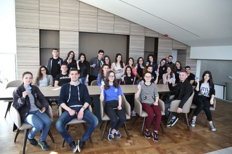nxënësit e gjimnazit Qemal Stafa